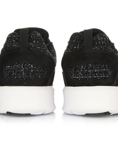 DC Heathrow Black Marl